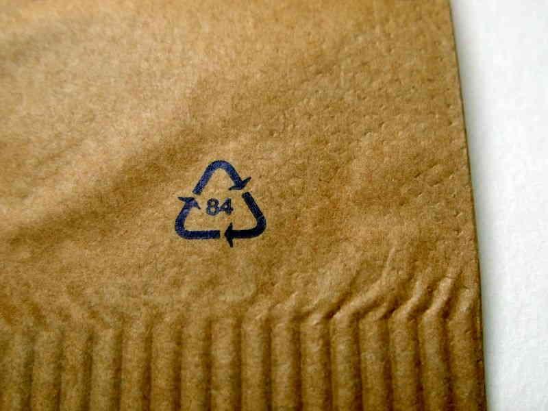 Recyclingzeichen 84